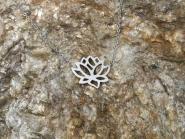 Lotusblüte Halskette